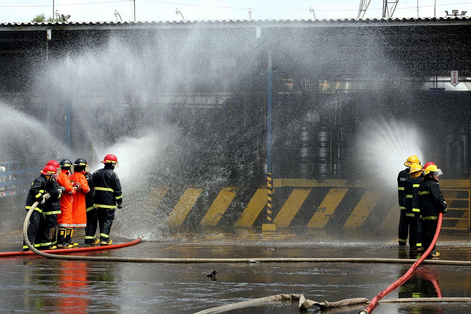 Jornada de trabalho de bombeiro civil